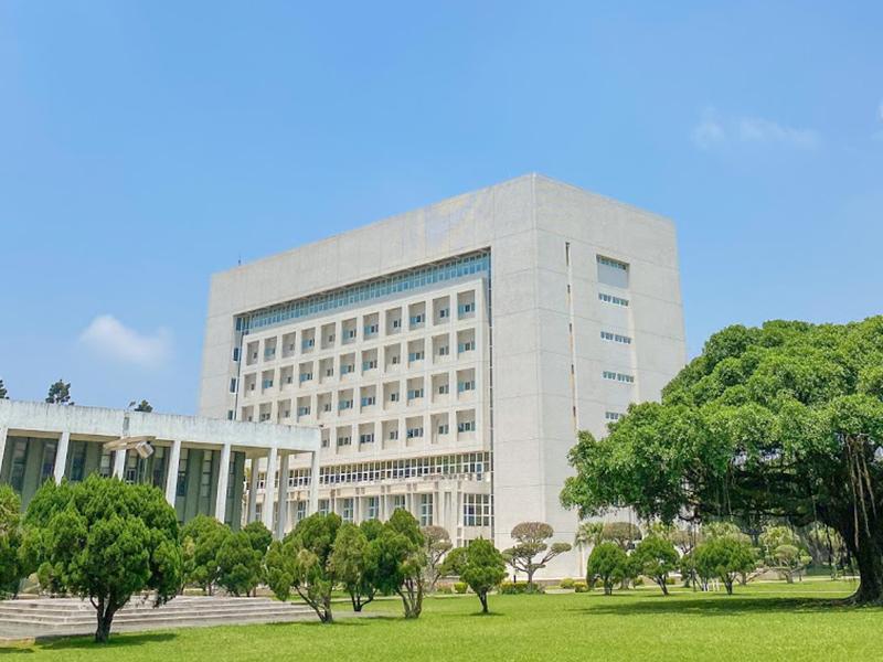 總圖書館(Main Library)